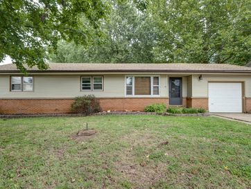 1928 South Sagamont Avenue Springfield, MO 65807 - Image 1