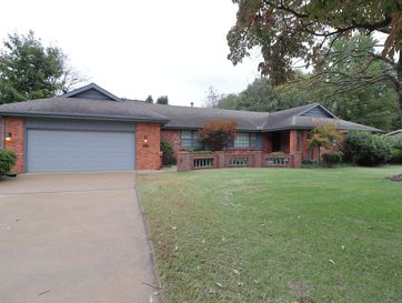 2664 South Edgewater Drive Springfield, MO 65804 - Image 1