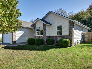 312 West Cherokee Clever, MO 65631 - Image 1