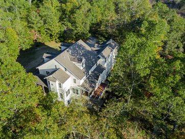 Photo of 942 North Woods Road