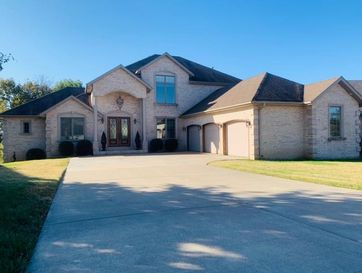 5988 South Nettleton Avenue Springfield, MO 65810 - Image 1