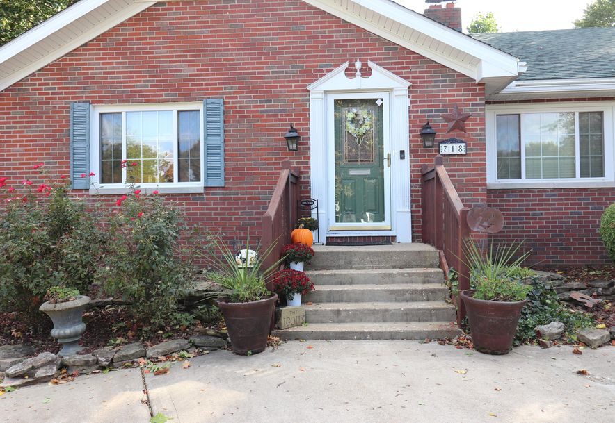 718 East University Street Springfield, MO 65807 - Photo 3