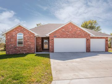 292 West Picardy Street Republic, MO 65738 - Image 1