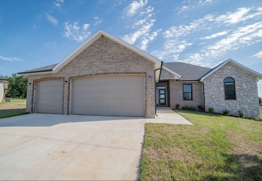1361 North Rainbow Street Nixa, MO 65714 - Photo 1