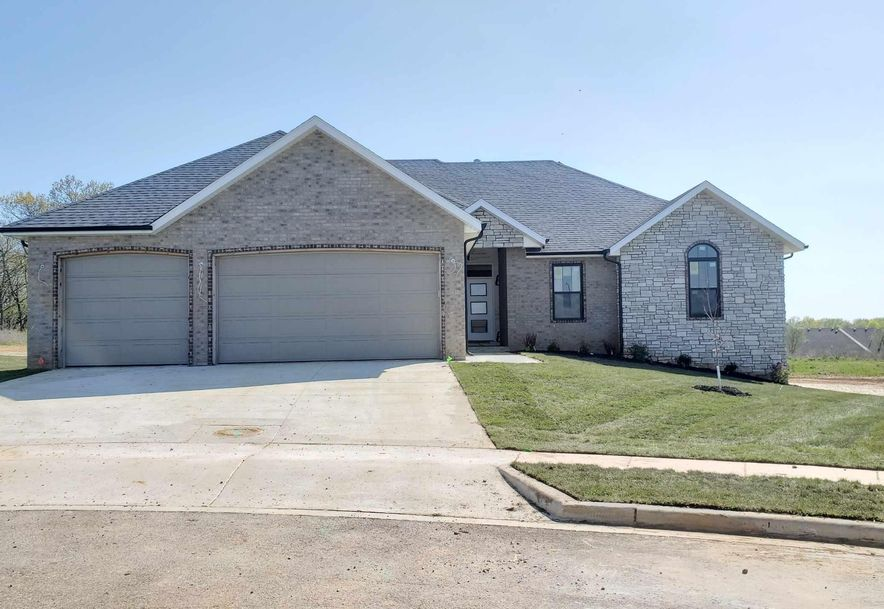 1361 North Rainbow Street Nixa, MO 65714 - Photo 2
