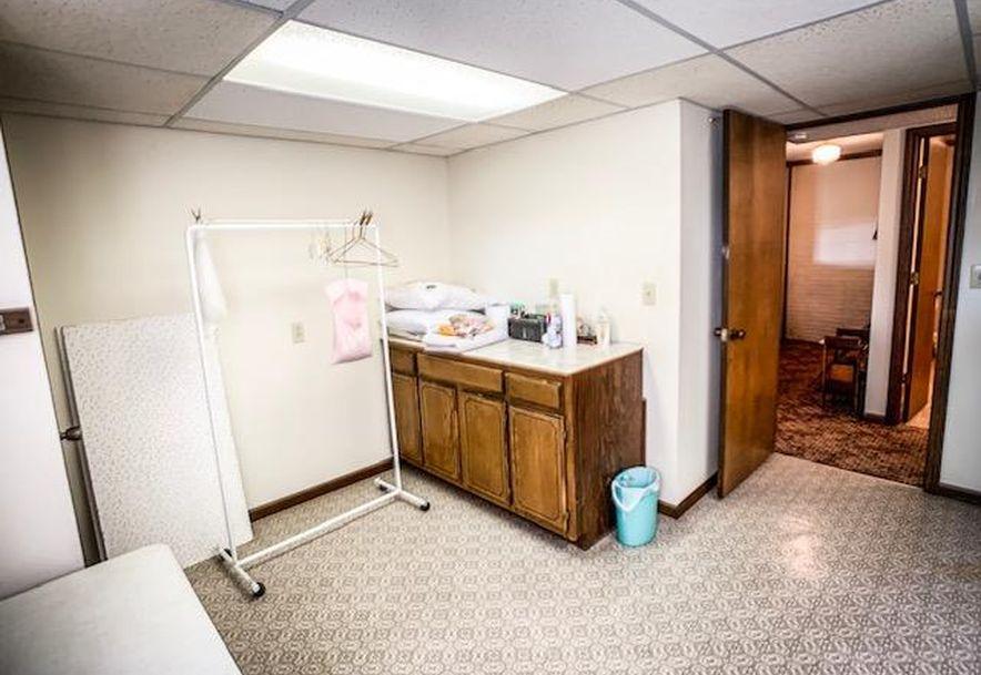 914 West Pleasant Street Aurora, MO 65605 - Photo 29