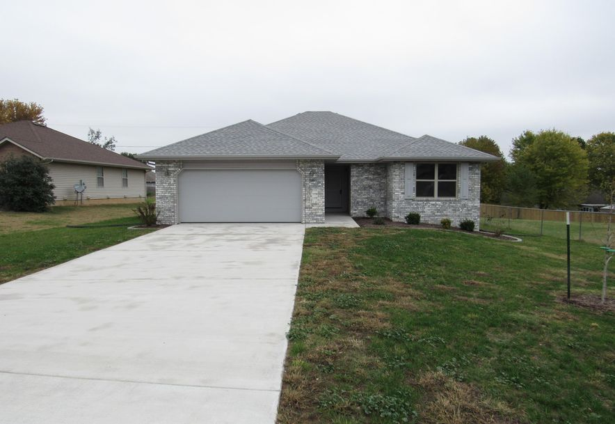 560 South Elgin Avenue Bolivar, MO 65613 - Photo 27