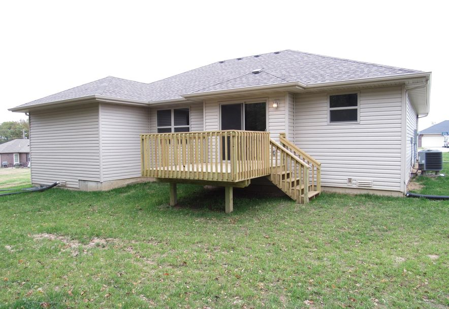 421 South Denver Place Bolivar, MO 65613 - Photo 21