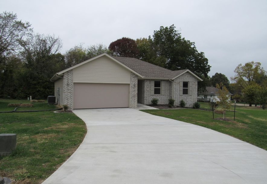 421 South Denver Place Bolivar, MO 65613 - Photo 22