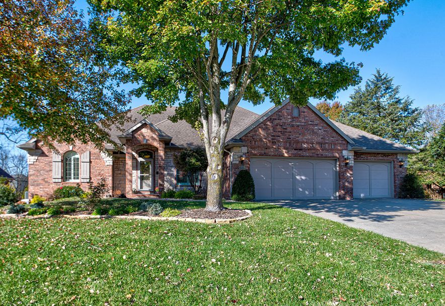 3018 West Cedarbluff Drive Springfield, MO 65810 - Photo 1