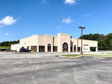 180 South Business Highway 49 Neosho, MO 64850 - Image 1