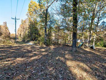 Photo of 250 Lakewood Loop