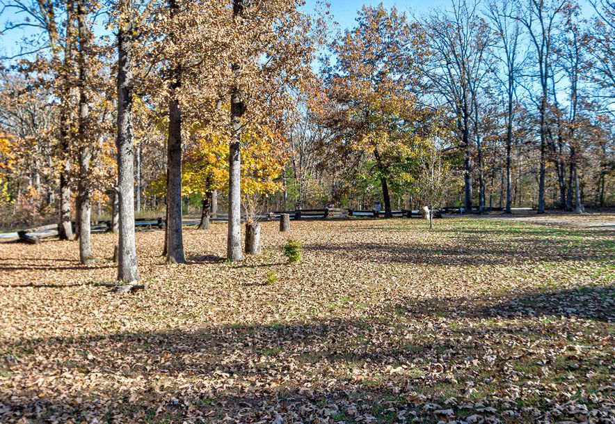 250 Lakewood Loop Marshfield, MO 65706 - Photo 37