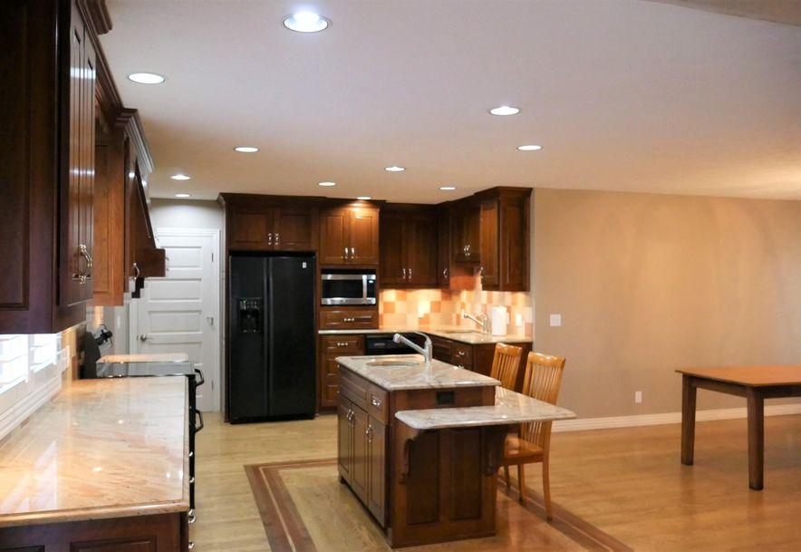 816 Terrace Drive Aurora, MO 65605 - Photo 14