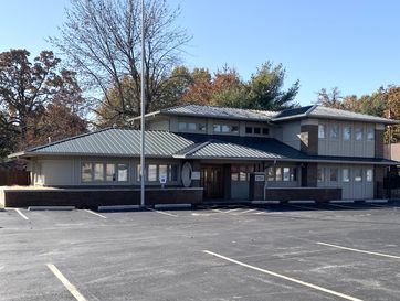 2750 East Sunshine Street Springfield, MO 65804 - Image 1
