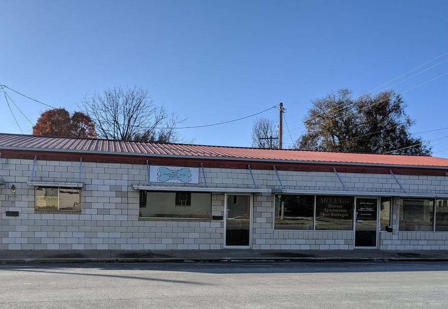 421 South Washington Avenue #427 Aurora, MO 65605 - Photo 1