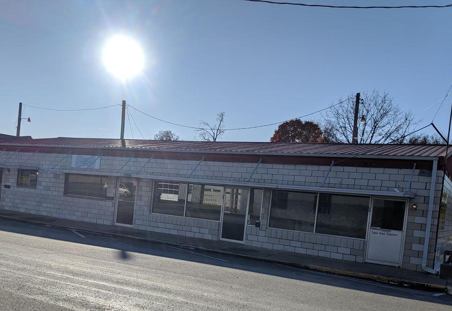 421 South Washington Avenue #427 Aurora, MO 65605 - Photo 2