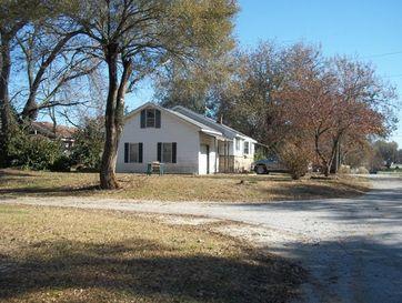 Photo of 499 North Fulbright Avenue