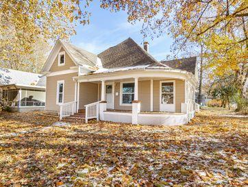 544 South Madison Avenue Aurora, MO 65605 - Image 1
