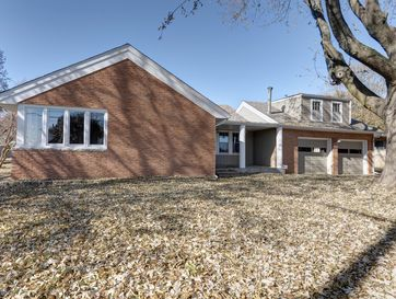 2053 South Fairway Avenue Springfield, MO 65804 - Image 1