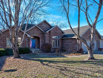 1909 South Pin Oak Drive Springfield, MO 65809 - Image 1