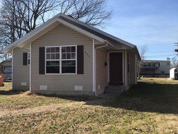 725 South Oak Avenue Aurora, MO 65605 - Image 1