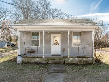 546 West Jackson Street Marshfield, MO 65706 - Image 1