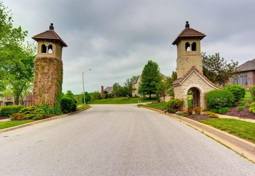 3810 East Knollwood Drive Ozark, MO 65721 - Photo 2