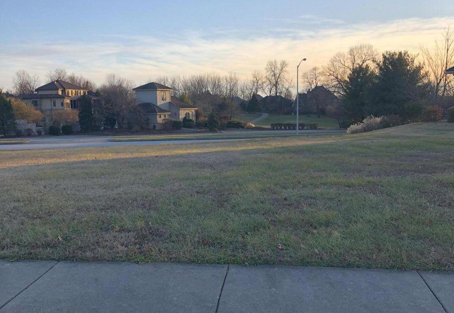 3810 East Knollwood Drive Ozark, MO 65721 - Photo 5