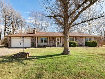 5216 South Cloverdale Lane Battlefield, MO 65619 - Image 1