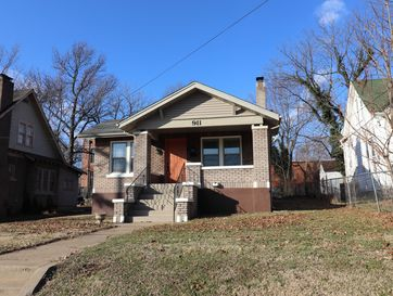 Photo of 911 North Campbell Avenue