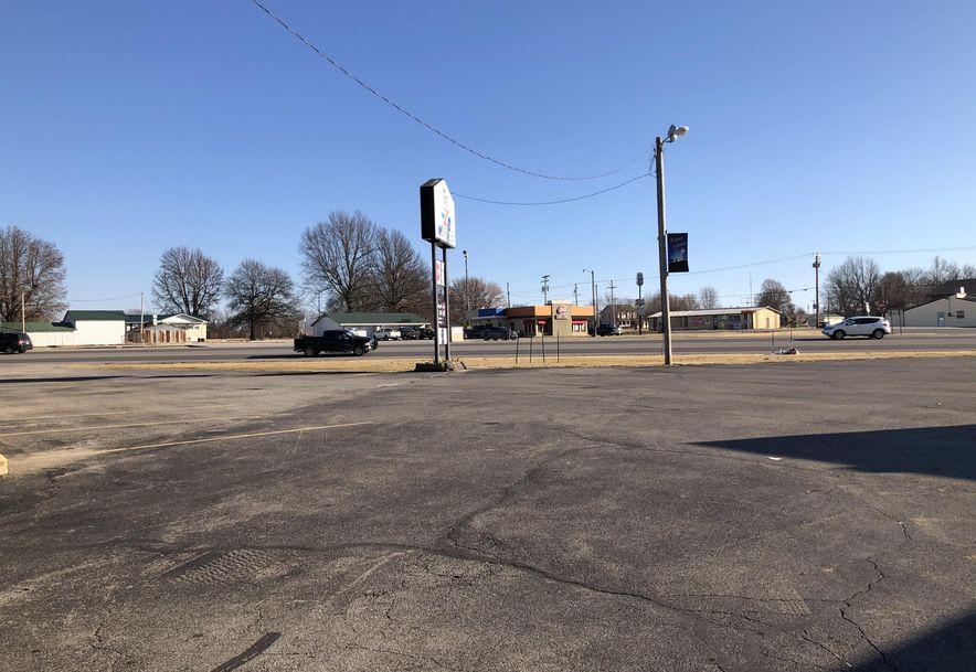 603 East Logan Marionville, MO 65705 - Photo 4