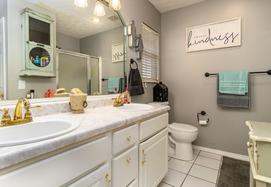 910 Lards Road Clever, MO 65631 - Photo 26