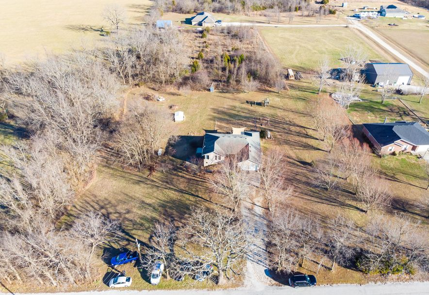 910 Lards Road Clever, MO 65631 - Photo 5