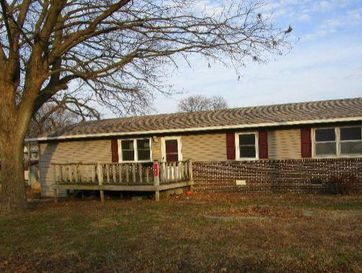 302 Lilly Street Greenfield, MO 65661 - Image 1