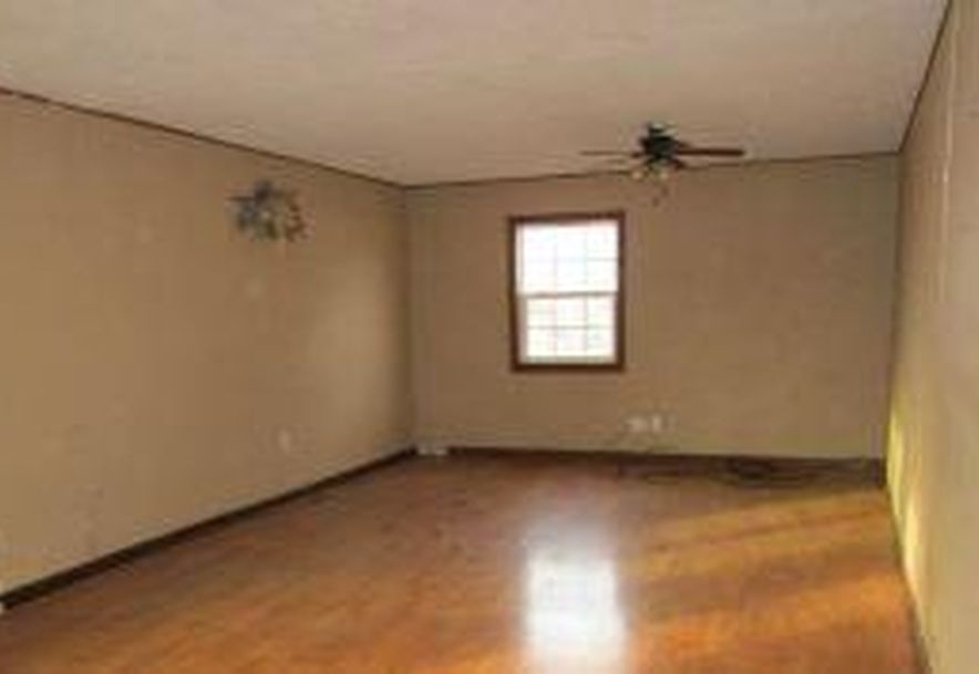 302 Lilly Street Greenfield, MO 65661 - Photo 3