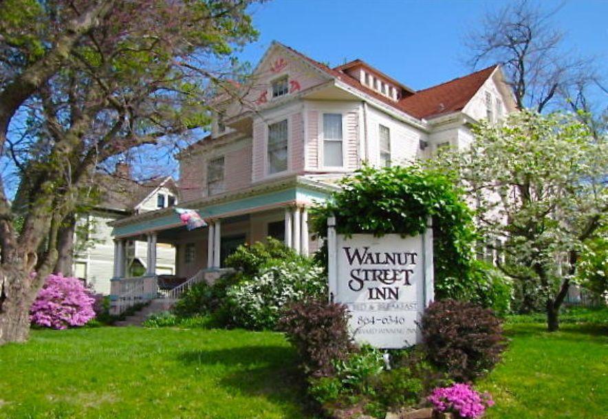 900 East Walnut Street Springfield, MO 65806 - Photo 1