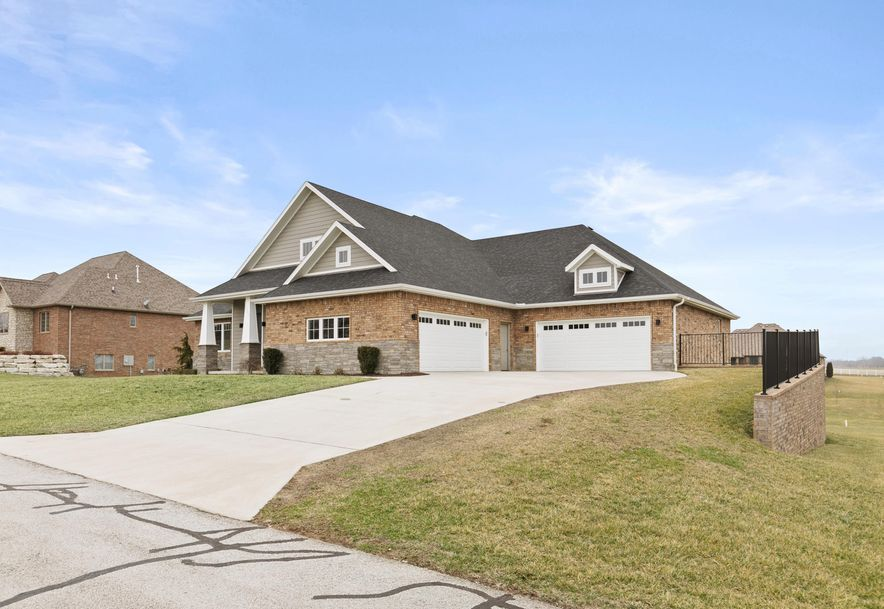 4069 East Brookdale Terrace Springfield, MO 65802 - Photo 2