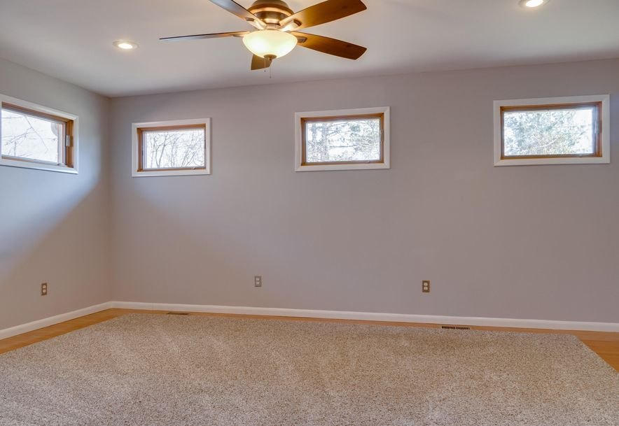 2850 East Crestview Street Springfield, MO 65804 - Photo 29