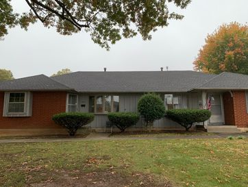 2113 South Barcliff Avenue Springfield, MO 65804 - Image 1