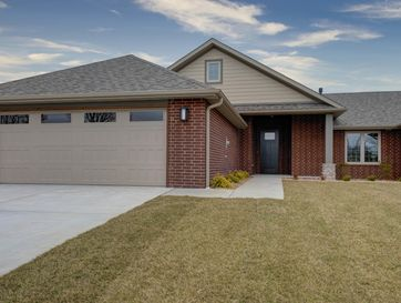 2422 East Swallow Street Springfield, MO 65804 - Image 1