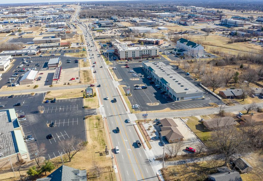 2610 East 32nd Street Joplin, MO 64804 - Photo 6