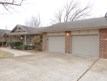 2423 South Ventura Avenue Springfield, MO 65804 - Image 1