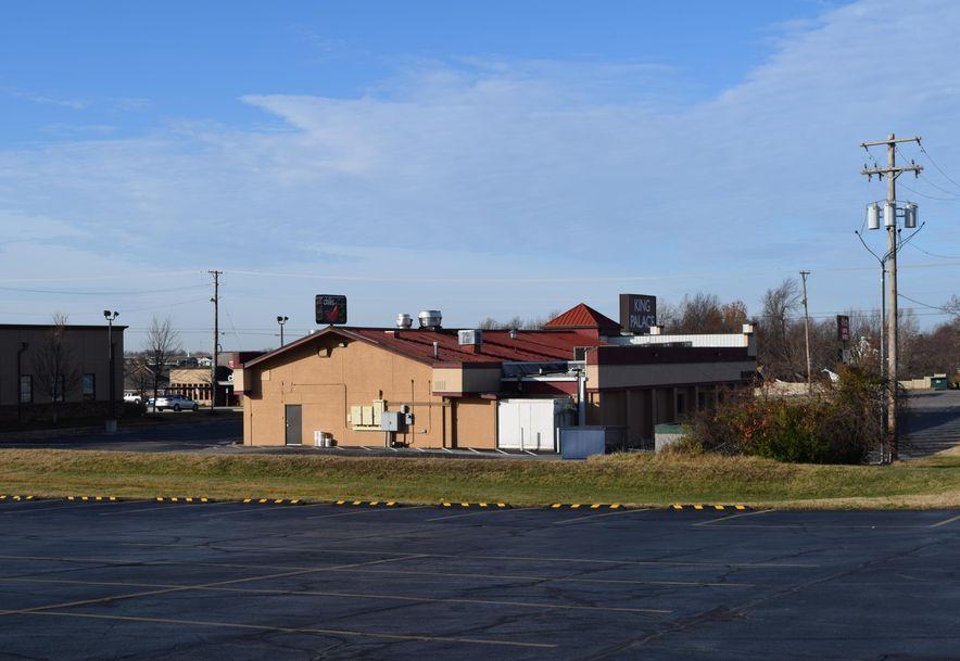 1401 South Rangeline North Road Joplin, MO 64801 - Photo 2
