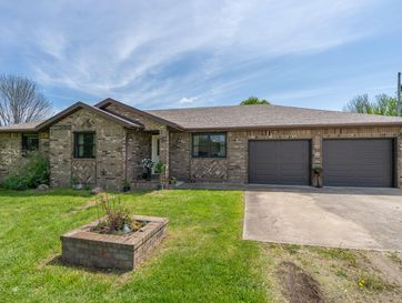 302 Rogers Court Sparta, MO 65753 - Image 1