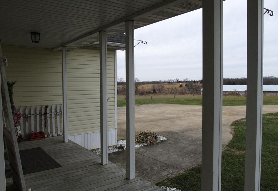 950 Napier Seymour, MO 65746 - Photo 6