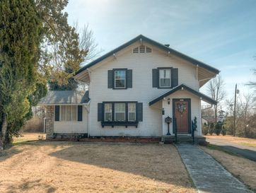 2626 East 15th Street Joplin, MO 64804 - Image 1