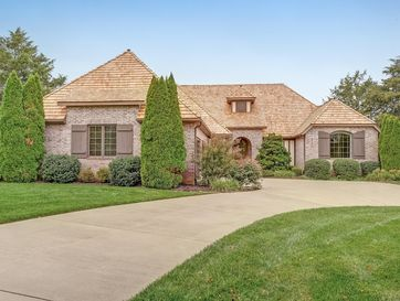 5351 South Whitehaven Court Springfield, MO 65809 - Image 1