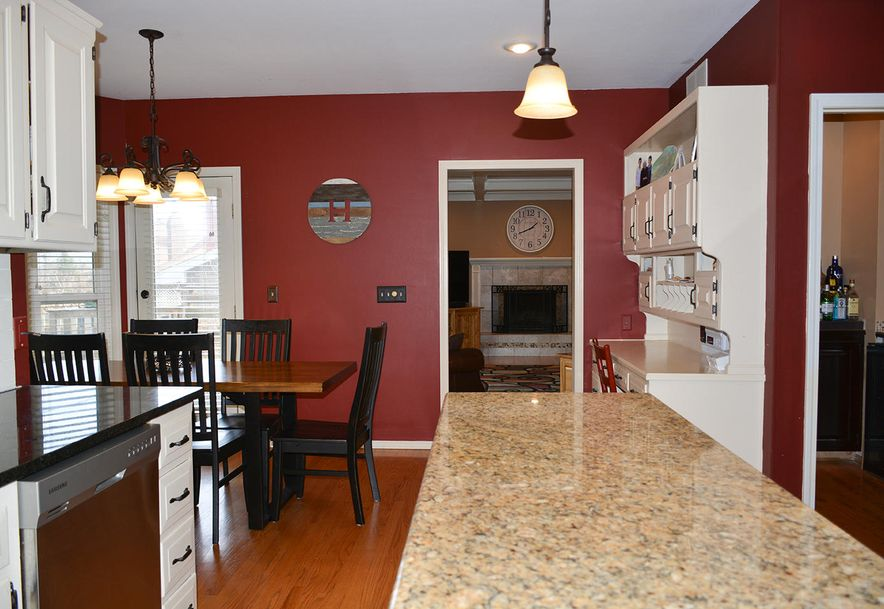 3905 East Linwood Terrace Springfield, MO 65809 - Photo 13