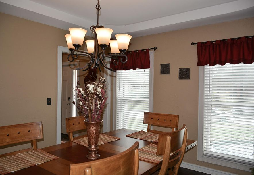 3905 East Linwood Terrace Springfield, MO 65809 - Photo 6